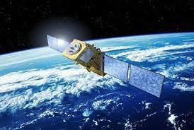 العراق يطلق أول قمر صناعي