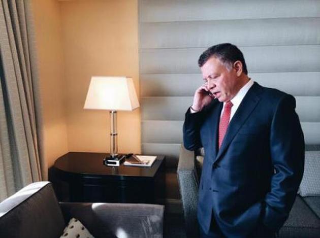 الملك يبحث التعاون الأمني والعسكري مع باكستان