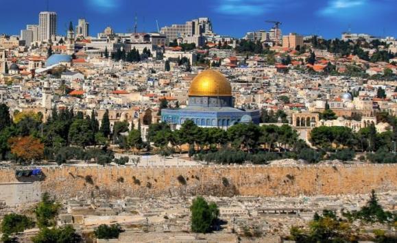 محافظ القدس: استخدام وثائق الأردن لمواجهة الاستيطان