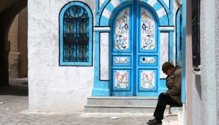 تونس تتجاوز 10 آلاف وفاة بكورونا