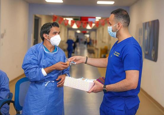 المستشفيات الميدانية تحتفل بالعيد - صور