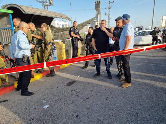 إصابة 3 جنود إسرائيليين بإطلاق نار في نابلس
