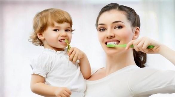 نصائح لاختيار معجون الأسنان المناسب لعمر طفلك