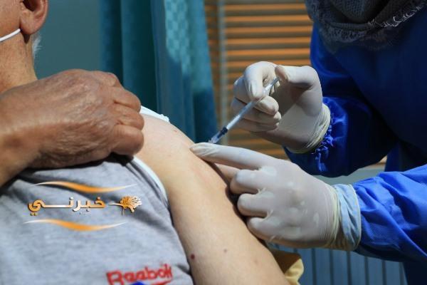 التربية تبدأ حملة تطعيم المعلمين