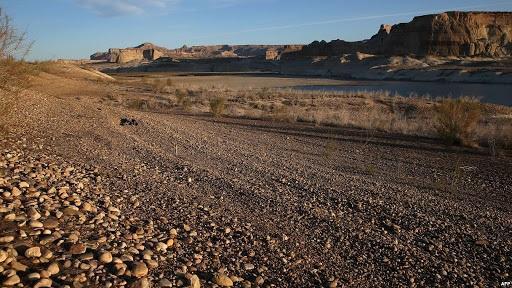 القطاونة يطالب باعتبار 2021 عام جفاف