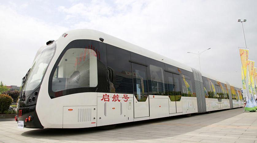 حافلة صينية بطول 30 مترا !