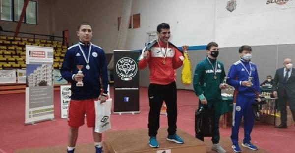 ميدالية ذهبية لمنتخب الملاكمة في بطولة التشيك