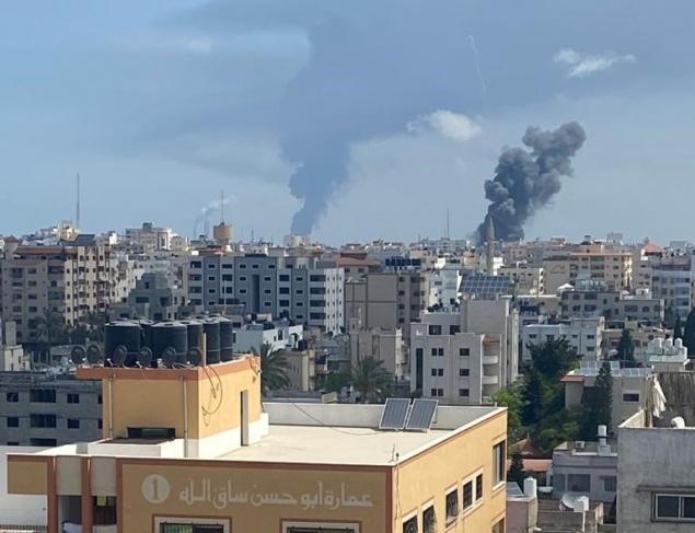 4 شهداء بقصف استهدف سيارة بغزة