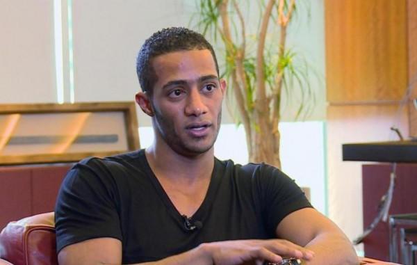 محمد رمضان يتبرع لجمعية الهلال الأحمر الفلسطيني