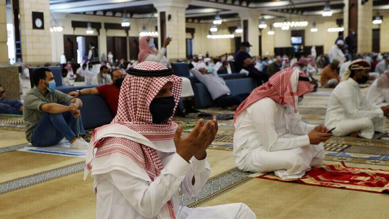 السعودية: إغلاق 13 مسجدا بسبب كورونا
