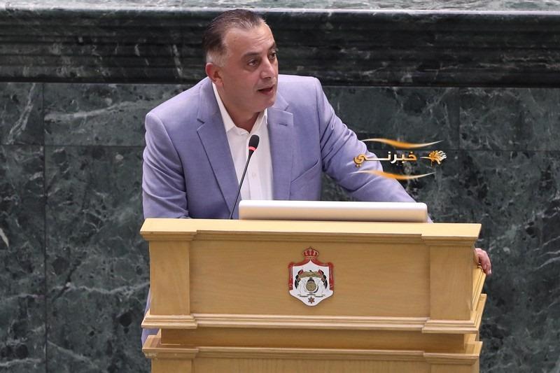 طرد السفير الإسرائيلي على طاولة النواب