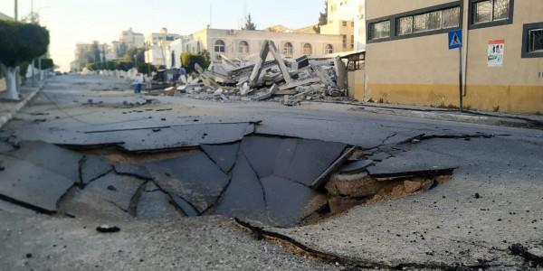 الاحتلال يدمر الطرقات الرئيسية في غزة
