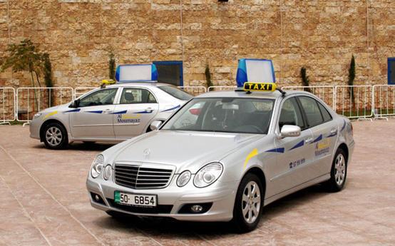 تحرير 30 من سيّارات تكاسي الاستثمار المميّز