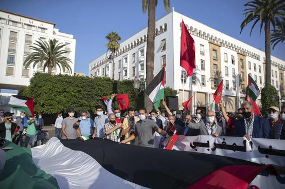 مساعدات مغربية لفلسطين تصل الى الاردن