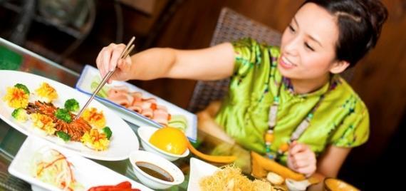 قانون صيني يمنع الإفراط في تناول الطعام