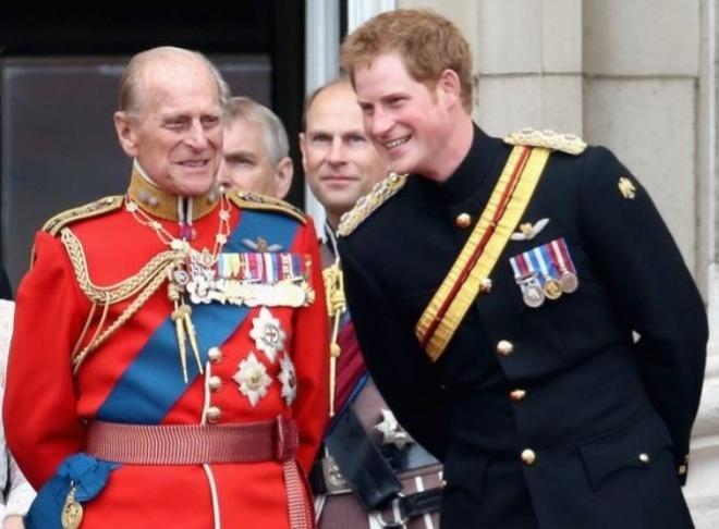 مطالبات صاخبة لتجريد الأمير هاري وزوجته من الألقاب