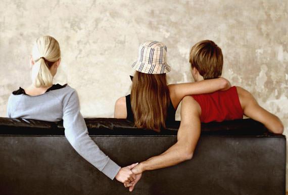 هذه الإشارات تدل على خيانة الزوج