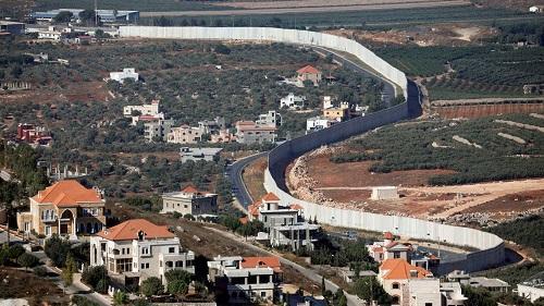 دوي انفجارات على الحدود الفلسطينية مع لبنان