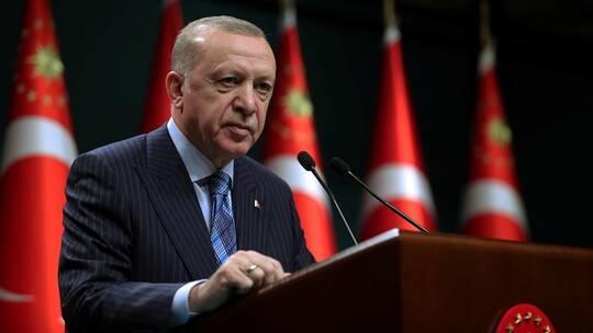 أردوغان: يدا الرئيس الأميركي ملطختان بالدماء