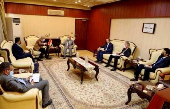 وزير التعليم العالي العراقي يستقبل رئيس جامعة عمان الأهلية