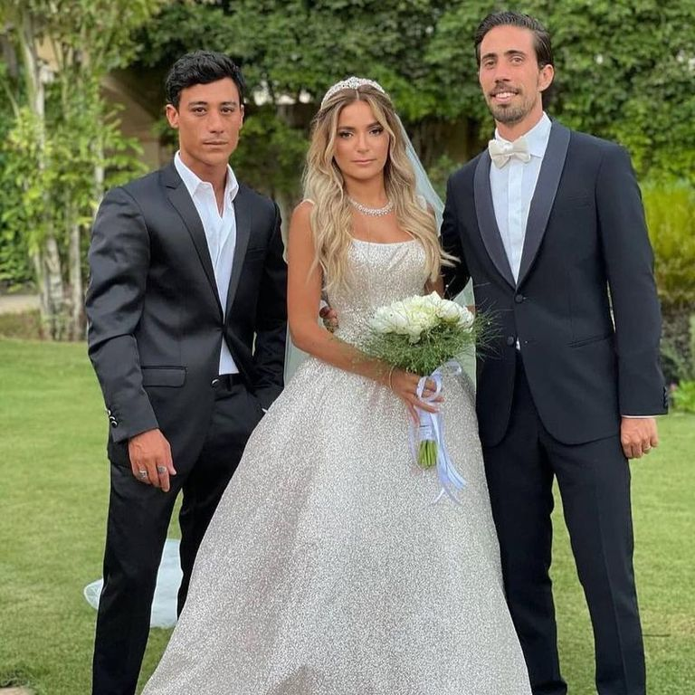 فيديو وصور.. علا غانم تتألق في حفل زفاف ابنتها