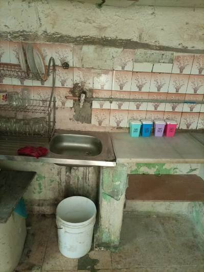 أم أردنية لثلاثة أطفال تناشد أهل الخير لترميم منزلها
