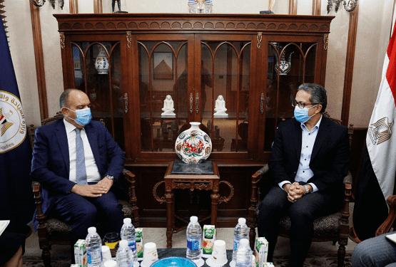 العضايلة يبحث مع وزير السياحة المصري تعزيز التعاون السياحي
