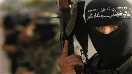 كتائب شهداء الأقصى تدعو إلى الالتحام مع جنود الاحتلال