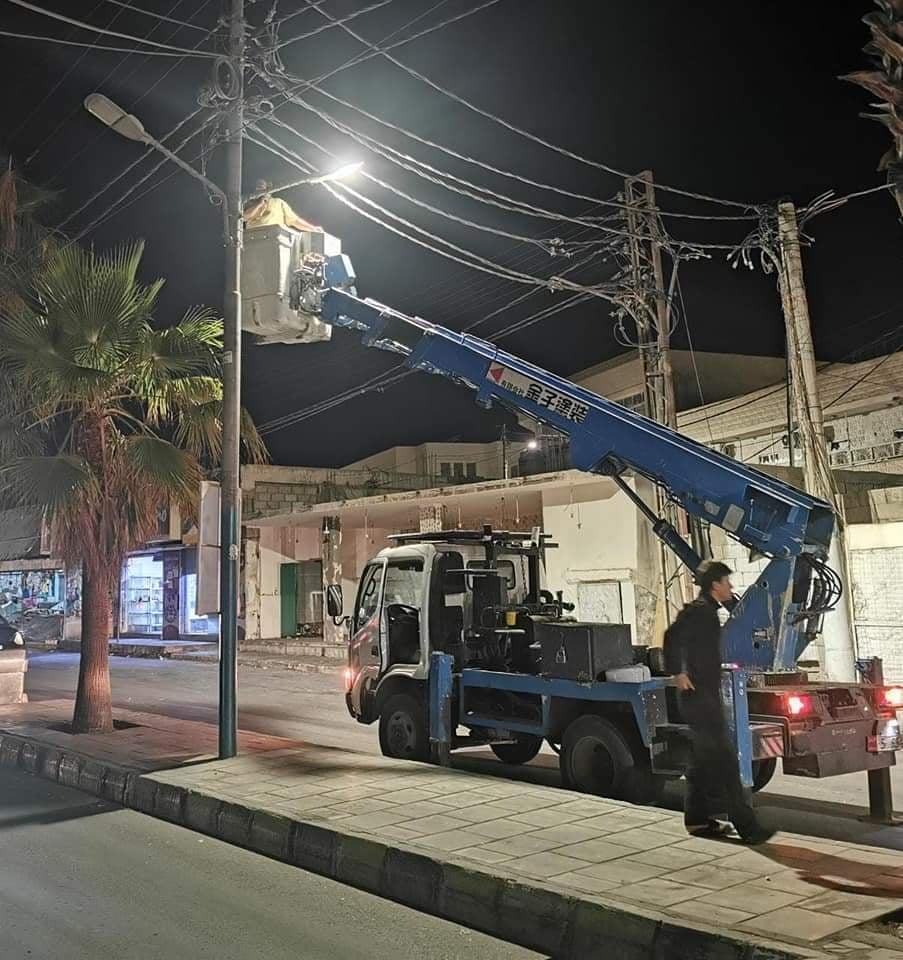 بلدية معان تتبنى افكارا لترشيد استهلاك الكهرباء