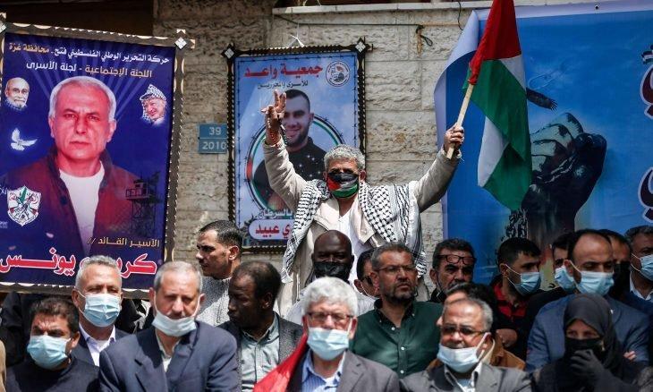 قيادي بحماس يواصل إضرابه عن الطعام بسجون الاحتلال لليوم العاشر