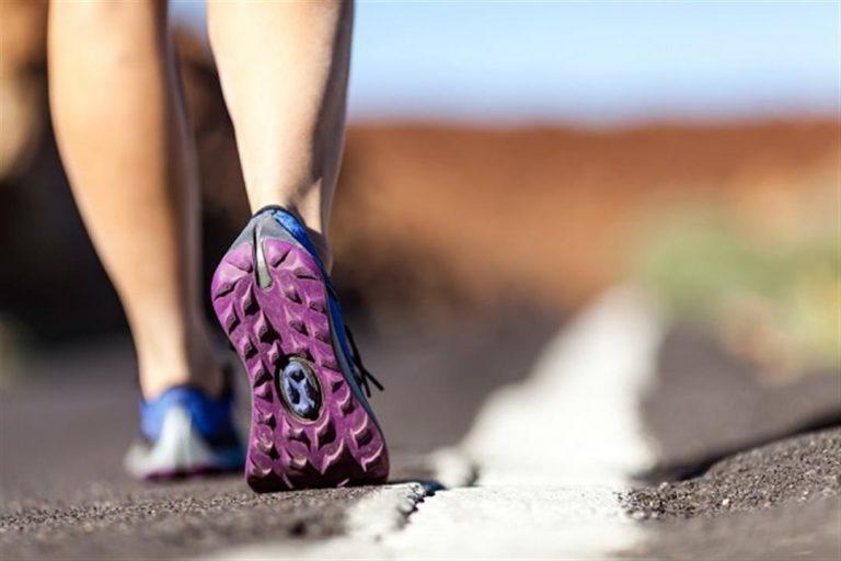 فوائد مشي 10000 خطوة يوميا