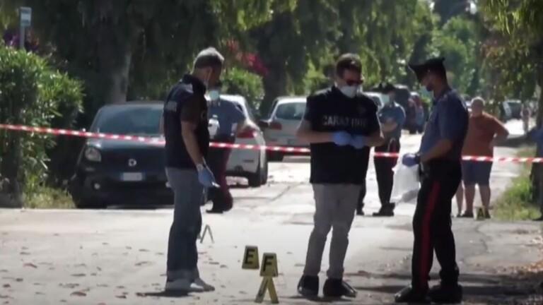 إيطالي يقتل طفلين وجدهما ثم ينتحر