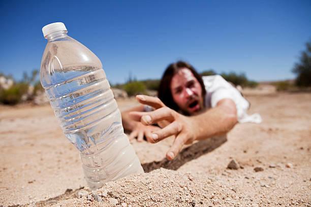 هل تشعرين بالعطش المستمر؟ أسباب وراء ذلك!
