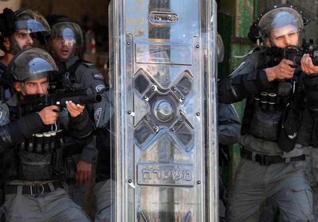 موقع خبرني : الأردن يدين إعتداء الإحتلال على المصلين بالأقصى