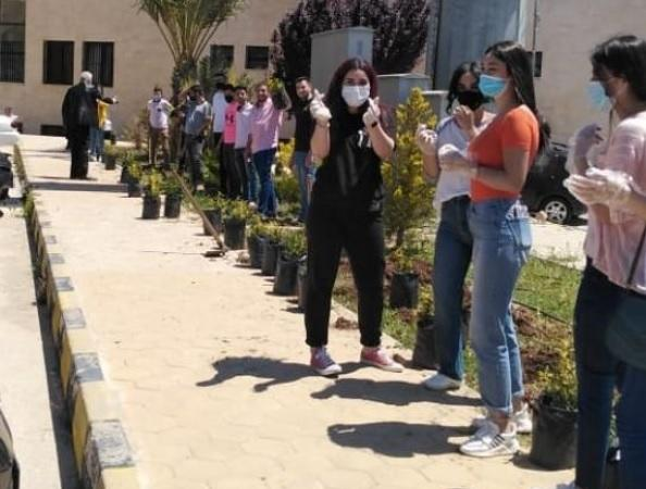 مبادرة لزراعة الأشجار الحرجية في جامعة الزيتونة الأردنية