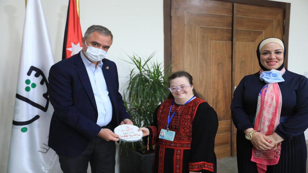 تكريم اُولى الغطاسات الأردنيات من متلازمة داون