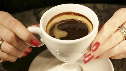 كشف مفاجأة بشأن تأثير شرب القهوة يومياً على الكبد