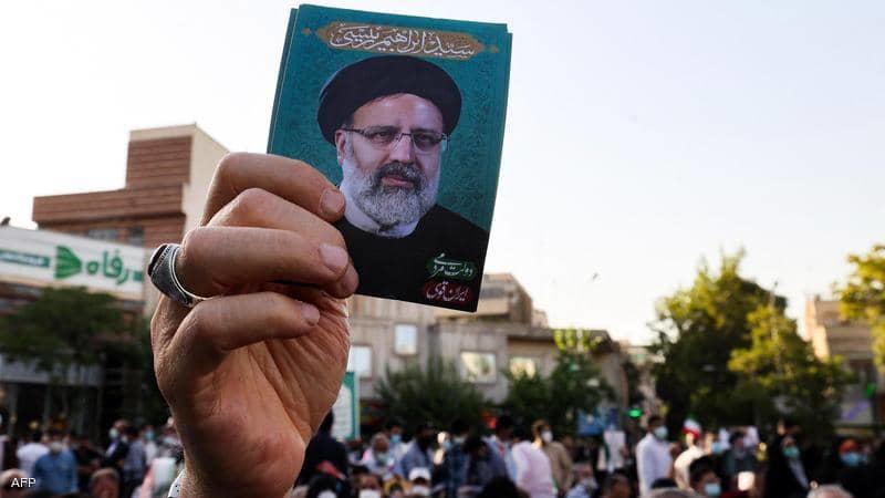 ايران ترد على انباء اهداء امير قطر طائرة فاخرة لرئيسي