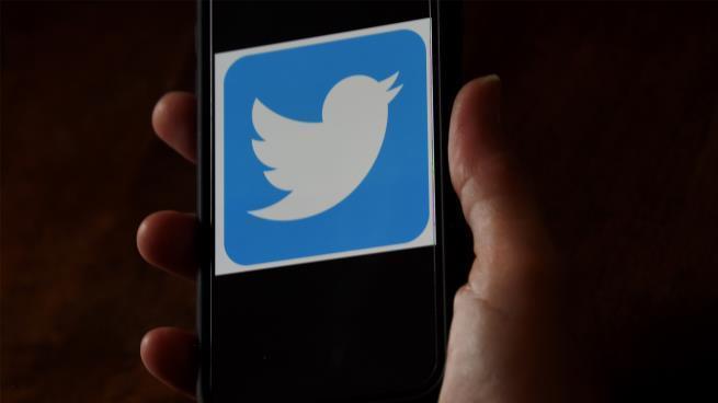تويتر تحل أزمة كبيرة يواجهها مستخدمو إنستغرام