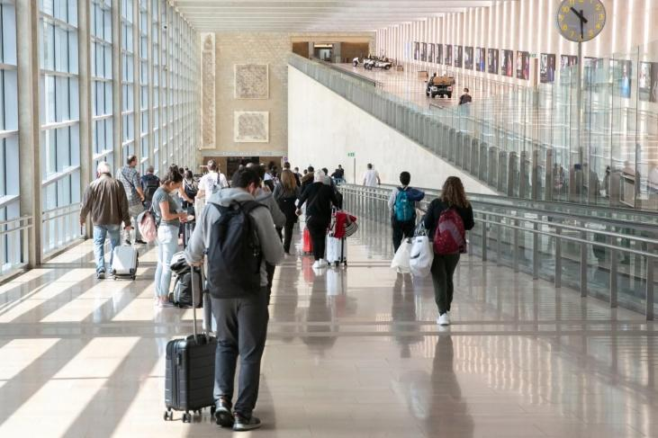 إسرائيل تقرر تأجيل دخول السياح لمدة شهر