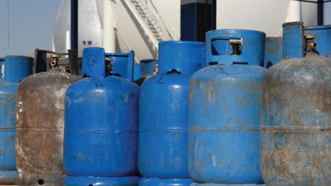 500 فرصة عمل بمهنة تحميل وتنزيل إسطوانات الغاز