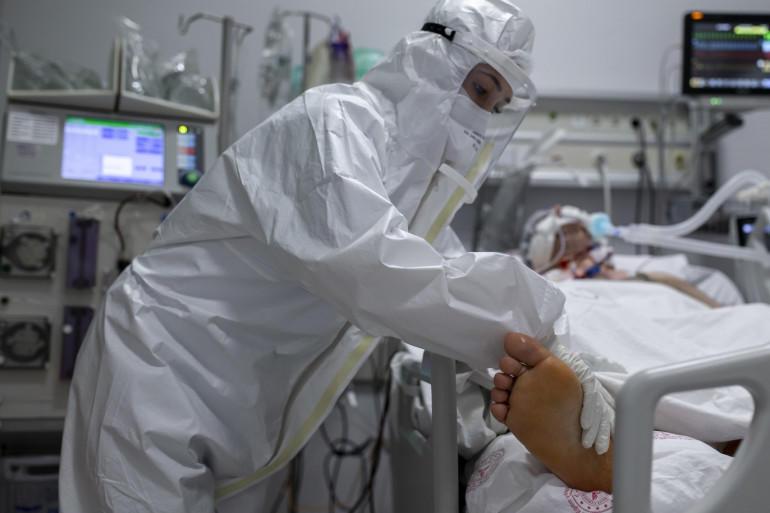 موقع خبرني : 10 وفيّات و582 إصابة جديدة بكورونا في الأردن