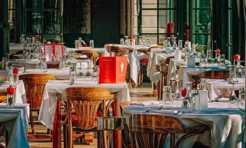 نقيب أصحاب المطاعم والحلويات: نعمل مجاناً