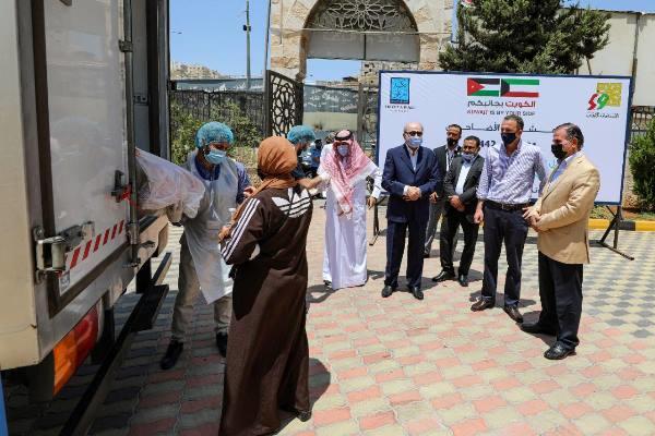الكويت تتبرع بـ 138 أضحية محلية للأسر المستفيدة من تكية أم علي