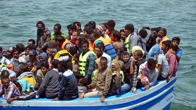 غرق قارب مهاجرين قبالة تونس