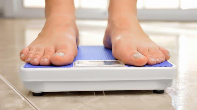 بعد سن الخمسين.. لماذا تعاني من صعوبة خسارة الوزن