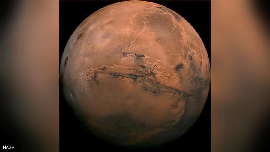 رجل بريطاني يريد امتلاك المريخ
