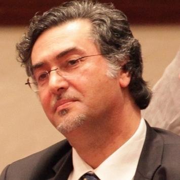 المعارض تغزو ضاحية الحسين