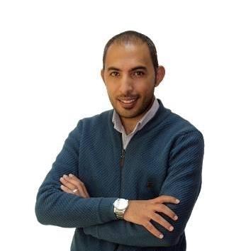 الرزاز .. وزير وناطق إعلامي